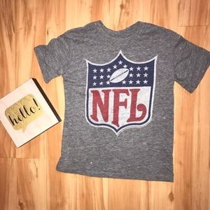 VGUC kids Junk Food NFL t shirt. Sz 6.